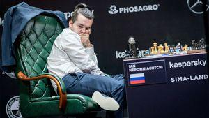 Русский шахматист Непомнящий лидирует в турнире претендентов. Он может вернуть в Россию шахматную корону