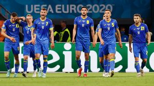 Украина выдала пока что лучший матч на этом Евро: пропустила два, сравняла, но все равно проиграла Голландии