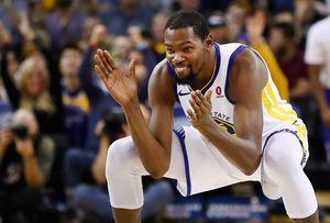 Самый неудержимый игрок НБА унизил защиту лучшей команды лиги. Он ведет «Голден Стэйт» к титулу