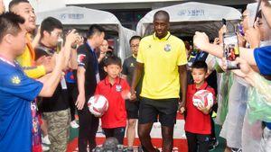 Яя Туре повернут на расизме: запретил сыну заниматься футболом и закончит карьеру сам