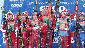 Россия двумя составами выиграла эстафету наКубке мира вНорвегии. Устюгов даже недолжен был бежать