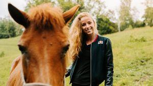 Бесится от сравнений с сексуальной Коукаловой, обожает лошадей. Красотка из Чехии зажгла на ЧМ по биатлону