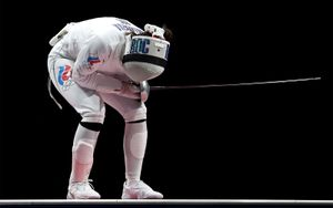 Фехтовальщица Муртазаева потерпела поражение в поединке за бронзу Олимпиады