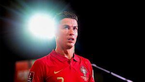 Роналду посадили на карантин в Англии. Ради этого он досрочно уехал из сборной Португалии