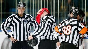 Новый судейский скандал вКХЛ. Уигрока отобрали две шайбы задве минуты