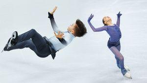 Ученики Тутберидзе на финале Гран-при: Валиева парила, Самсонов упал. Топовые фото из Италии