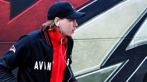 Молодой русский хоккеист снимает квартиру за полмиллиона в месяц. Щербака зря начали травить в СМИ