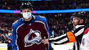 Неназванный игрок «Колорадо» заболел коронавирусом. Вкоманде 4 россиянина