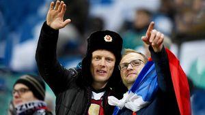 Российские болельщики научили немцев пускать волну. Что окружало матч России и Германии