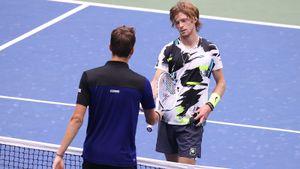 Медведев выиграл у Рублева в первом в истории четвертьфинале US Open. В первом сете у Андрея был тройной сетбол