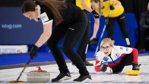 Женская сборная России по керлингу уступила Швейцарии в финале чемпионата мира