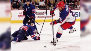 Великий гол русского хоккеиста Ковалева в ворота США. Он издевательски разобрался с американцами на Кубке мира-2004