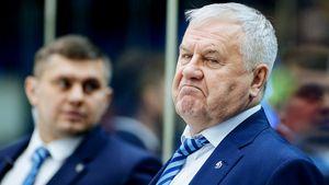 «Динамо» оставило без подарка тренера-ветерана. В 1400-й игре Крикунова его команда отдала победу «Локо» за 5 минут