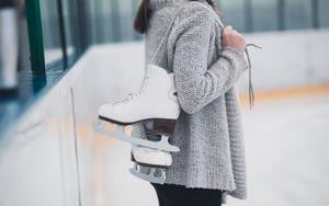 Выступавшая в танцах на льду фигуристка пожаловалась на психологическое насилие: «Меня называли жирной мразью»