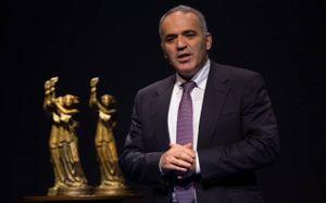 «Откровенно религиозные преступления». Каспаров высказался о терактах во Франции и Австрии