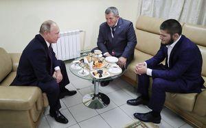 «Хотелибы пригласить Путина набой Хабиба». Посетитли президент России турнир UFC вАбу-Даби?