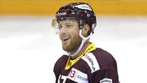 Летом из КХЛ уехала одна из главных звезд. За месяц Умарк нашел замену Хартикайнену и стал лучшим в Швейцарии