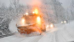 Европу завалило снегом. Организаторы в ужасе отменяют один старт за другим