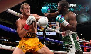 Мейвезер не смог победить впервые с 1996-го. Блогер Логан Пол продержался против лучшего боксера планеты 8 раундов