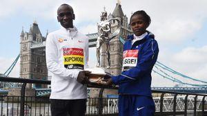 Кенийцы Кипчоге иКосгей побили мировые рекорды. Ихдостижения считают маркетинговым ходом