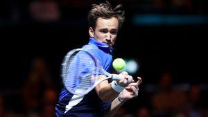 Медведев обыграл Синнера в 1/8 финала турнира в Марселе