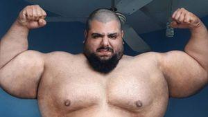 Иранский Халк будет драться вбоях наголых кулаках. Саджад Гариби весит 170 кг