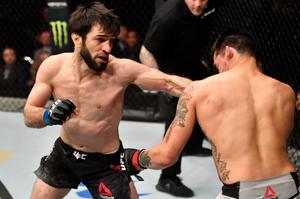 Друг Хабиба выиграл первый бой в UFC после драки с Конором. Тухугов забил соперника за 3 минуты