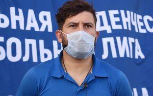 Тренер Зубченко, заявивший о желании выстрелить в судью: «Наполеон напал на Россию. Не люблю таких, я патриот»