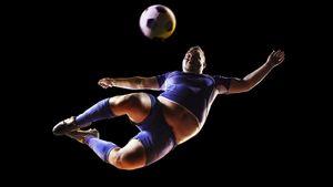 «Первая тренировка после самоизоляции». Слуцкий опубликовал шуточное видео столстыми футболистами