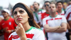 В Иране впервые за 39 лет пустили на футбол женщин. Генпрокурор назвал это грехом