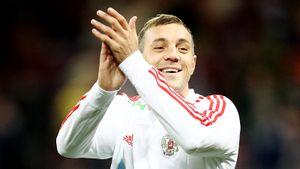 Дзюба пригласил на матч сборной России мальчика, который сдает макулатуру и покупает мячи для детских домов