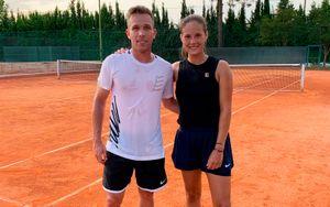 Касаткина поиграла в теннис с футболистом «Барселоны» Артуром: «Нашла себе партнера для микста»
