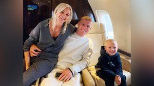 «Фиорентина» выложила фото Кокорина с женой и сыном, летящими во Флоренцию