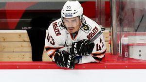 Первый номер драфта НХЛ снова меняет клуб! Якупов провалился даже в Хабаровске, но зачем-то нужен «Авангарду»