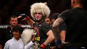 Хабиба исключили из рейтингов UFC, Джонс возглавил список лучших без учета весовой категории