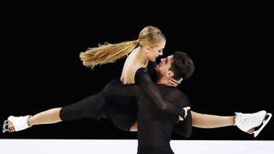 Степанова/Букин выиграли серебро в Японии. В финале Гран-при 2 танцевальных дуэта и 3 пары из России