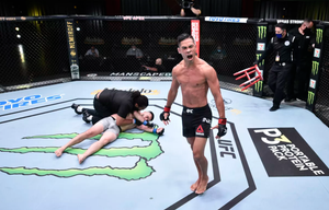 Узбекский боец ММА Адашев работал таксистом в США и мечтал о UFC. В дебюте его нокаутировали за 32 секунды