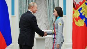 «Может, ей заплатили деньги?» Фигуристка Бутырская — о посте Загитовой про поправки в Конституцию РФ