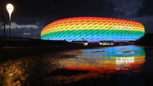 УЕФА запретил подсветку в цветах ЛГБТ на стадионе в Мюнхене