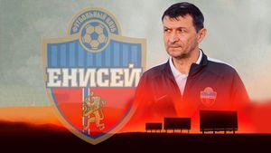 «Газзаев готовит «Енисей» к РПЛ, но его хотят убрать. Как же так?» 3 билборда на въезде в Красноярск