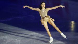 Медведева чисто исполнила 2 тройных сальхова на шоу Авербуха в Санкт-Петербурге: видео