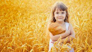 Диетолог рассказал, почему не стоит отказываться от хлеба