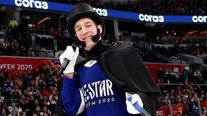Канадский хоккеист спародировал русского поэта Пушкина наматче звезд КХЛ: видео
