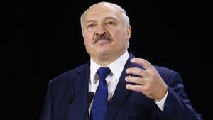 «Надо нам обратиться в суд. Пусть Бах и банда расскажут, в чем моя вина». Лукашенко отреагировал на санкции МОК