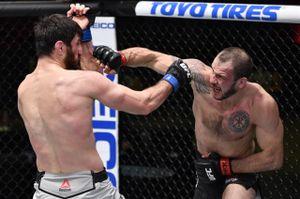 4 года назад Анкалаев звал Крылова драться на фоне конфликта Федора и клуба «Ахмат». Сделать этот бой смогли в UFC