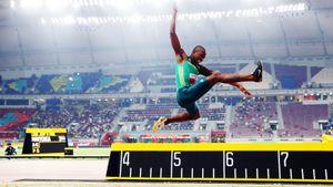 Наркотики, дисквалификация, смерть тренера исеребро Олимпиады: история прыгуна вдлину Луво Маньонги
