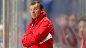 «Спартак» открывает Знарку глаза нароссийский хоккей. Тренер-чемпион уже жалуется накалендарь