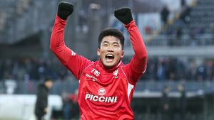 Талант изСеверной Кореи продолжит карьеру в«Ювентусе». Как ему удалось выбраться изстраны