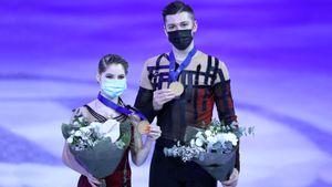 Россия выиграла 1-е золото чемпионата мира по фигурке. Победила пара, ставшая 4-й на чемпионате России
