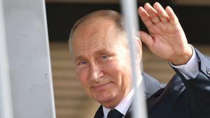 Пресс-секретарь Путина объяснил, почему президент России еще не сделал прививку от коронавируса